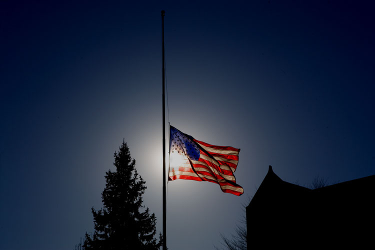 Half Staff notification US Flag