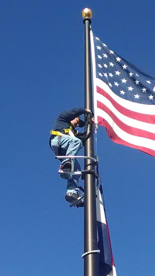 Flagpole Climber